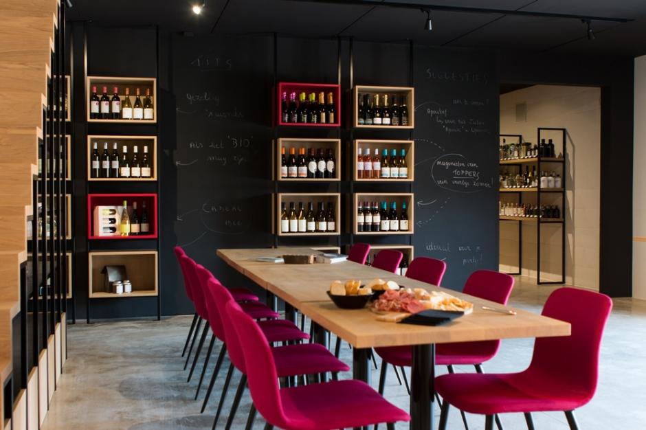 Weinig dranken kunnen zo'n lange en uitgebreide geschiedenis aantonen als wijn.